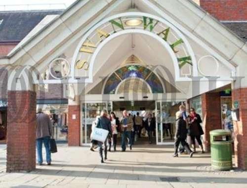 Retail high street Horsham, RH12 1HQ - 13, Swan Walk - 40318