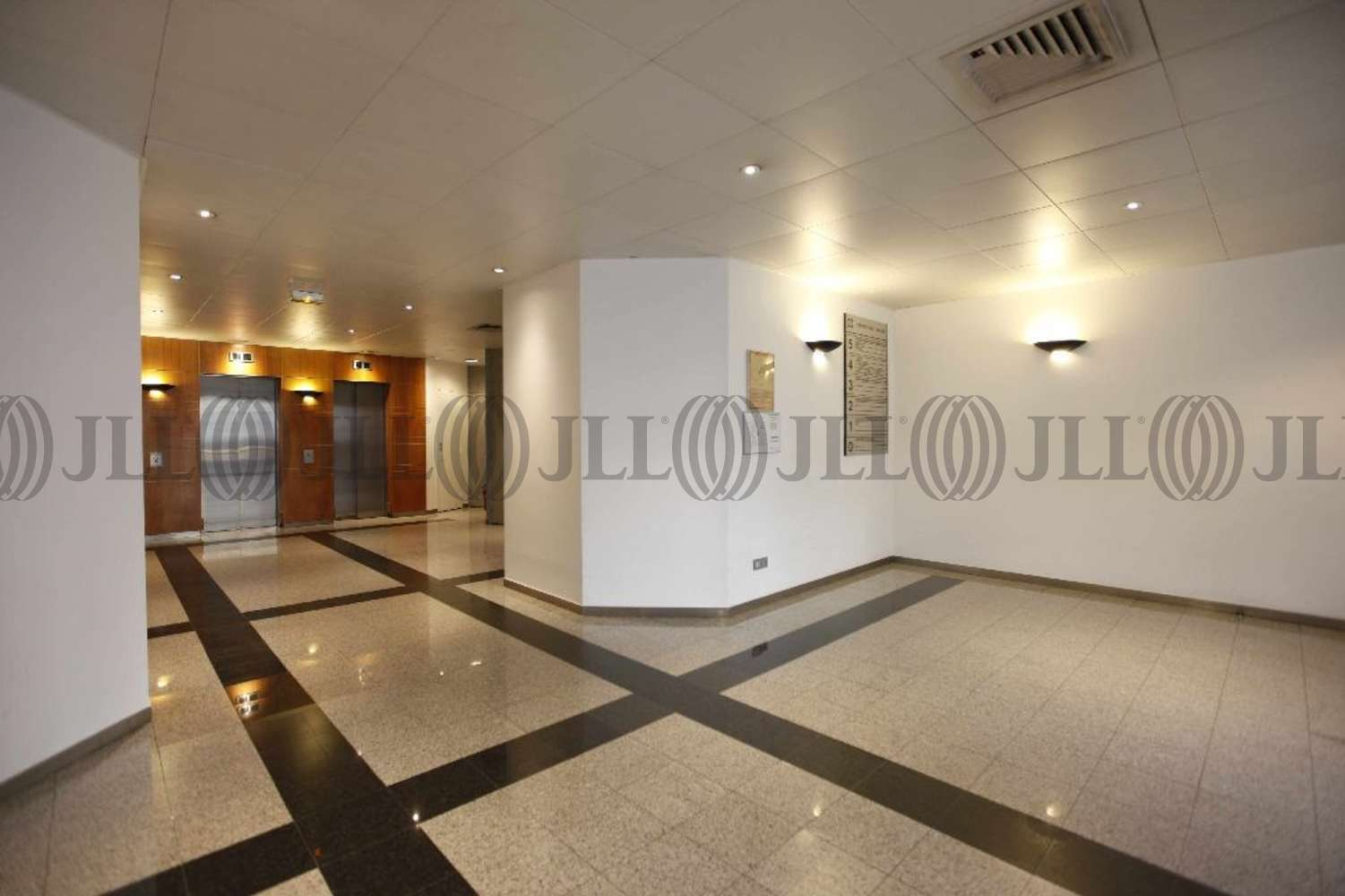 Bureaux Tremblay en france, 93290 - CONTINENTAL SQUARE I - ROISSYPOLE