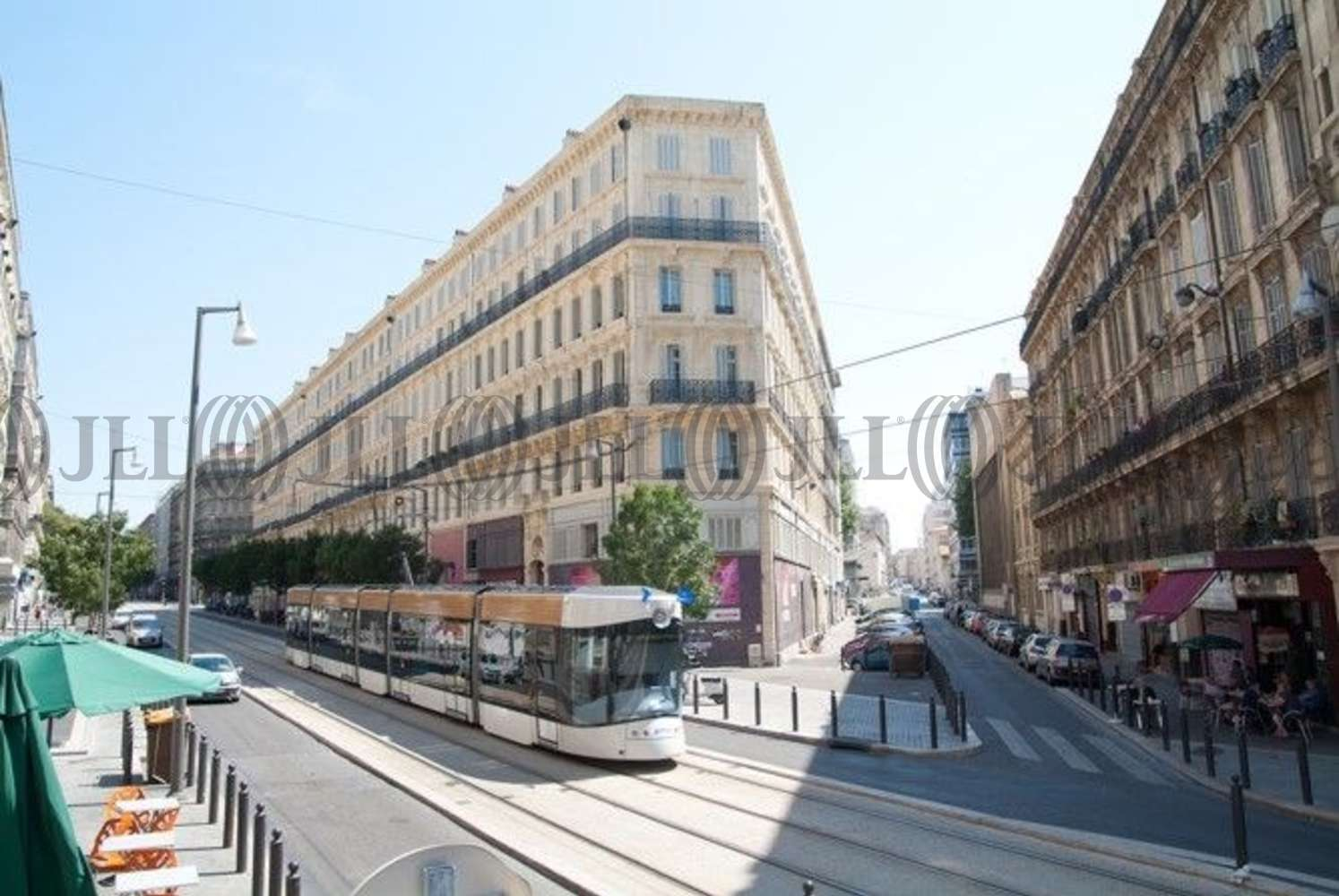 Commerces Marseille, 13001 -  RUE DE LA REPUBLIQUE