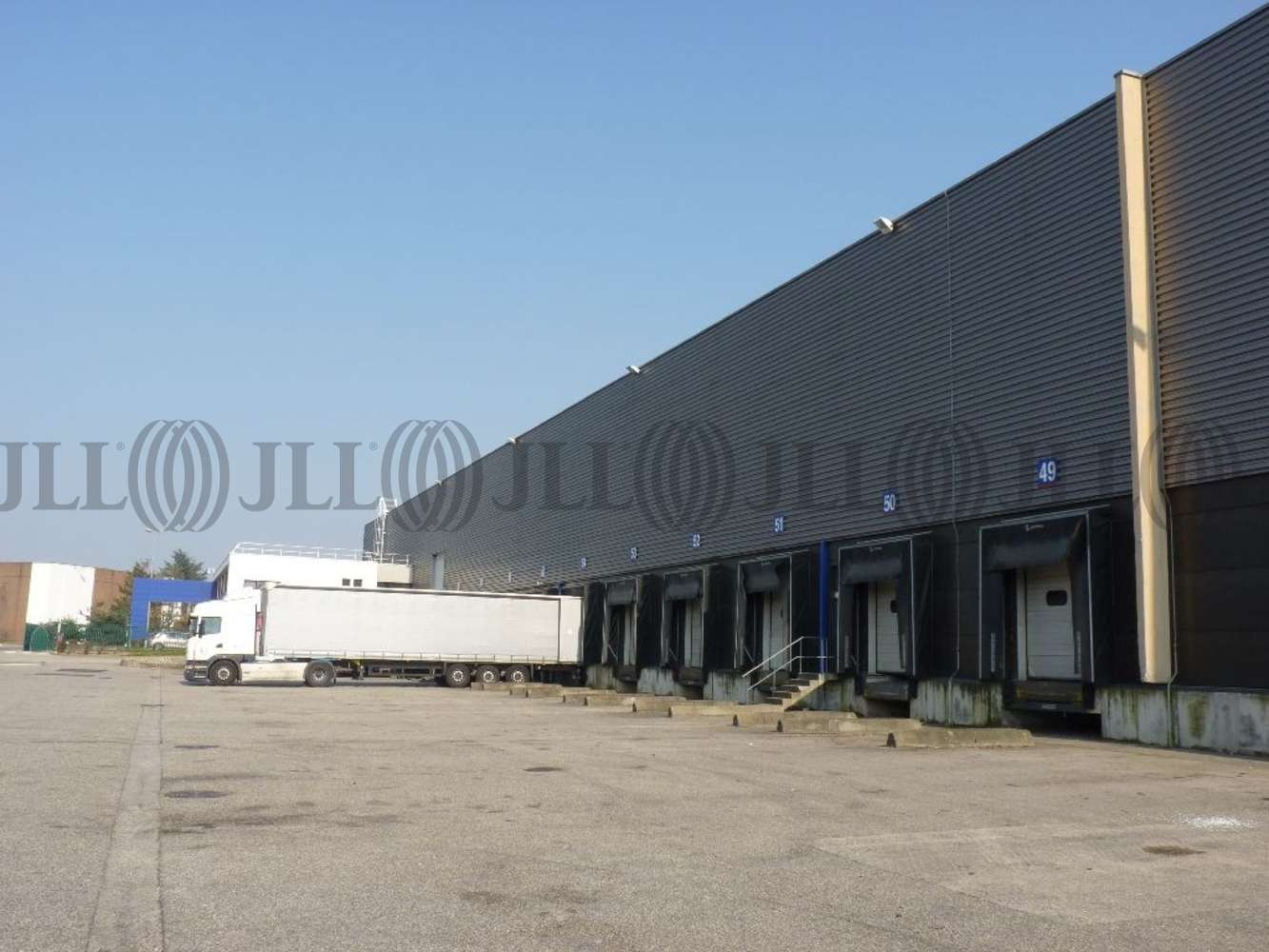 Plateformes logistiques St laurent de mure, 69720 - Location entrepot Lyon Est (Rhône)