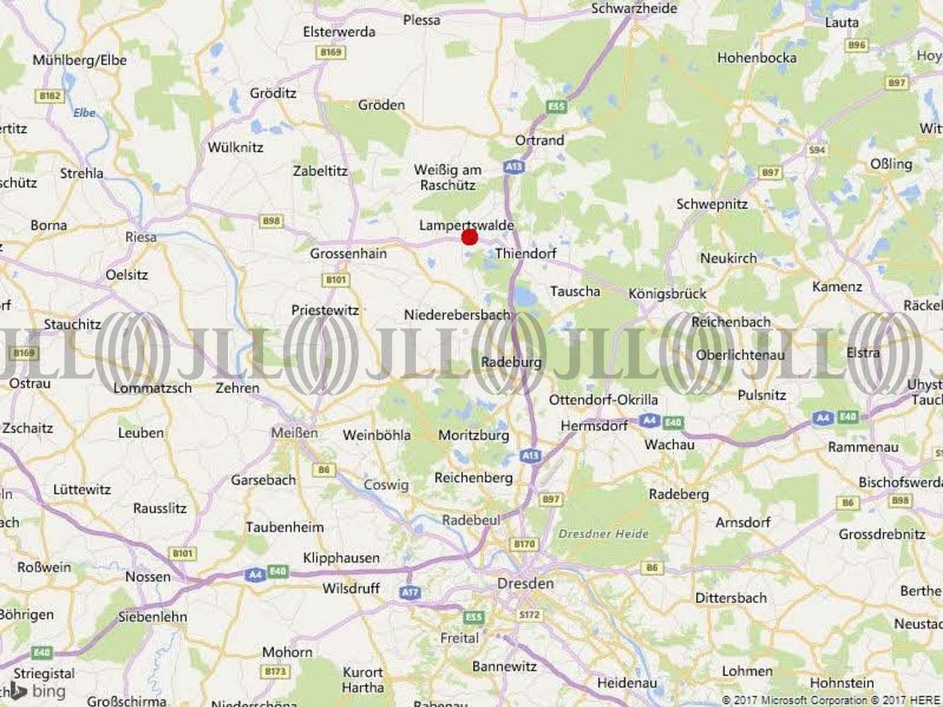 Hallen Lampertswalde, 01561