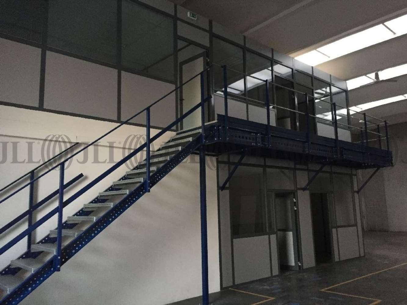 Activités/entrepôt Meyzieu, 69330 - MAS DES ENTREPRISES