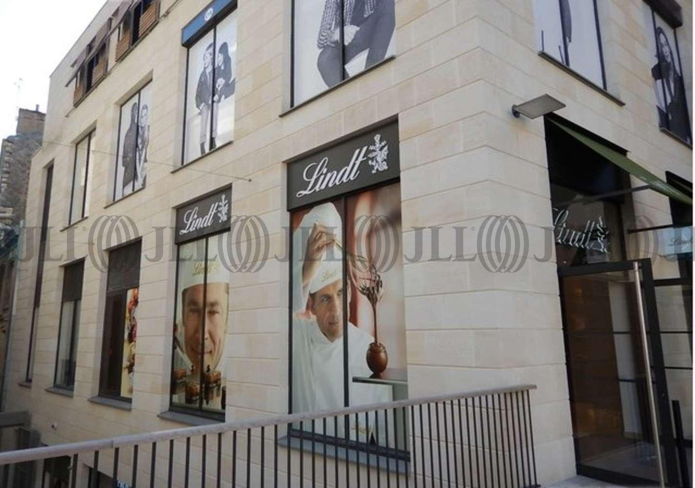 Commerces Bordeaux, 33000 - LINDT-PROMENADE STE-CATHERINE