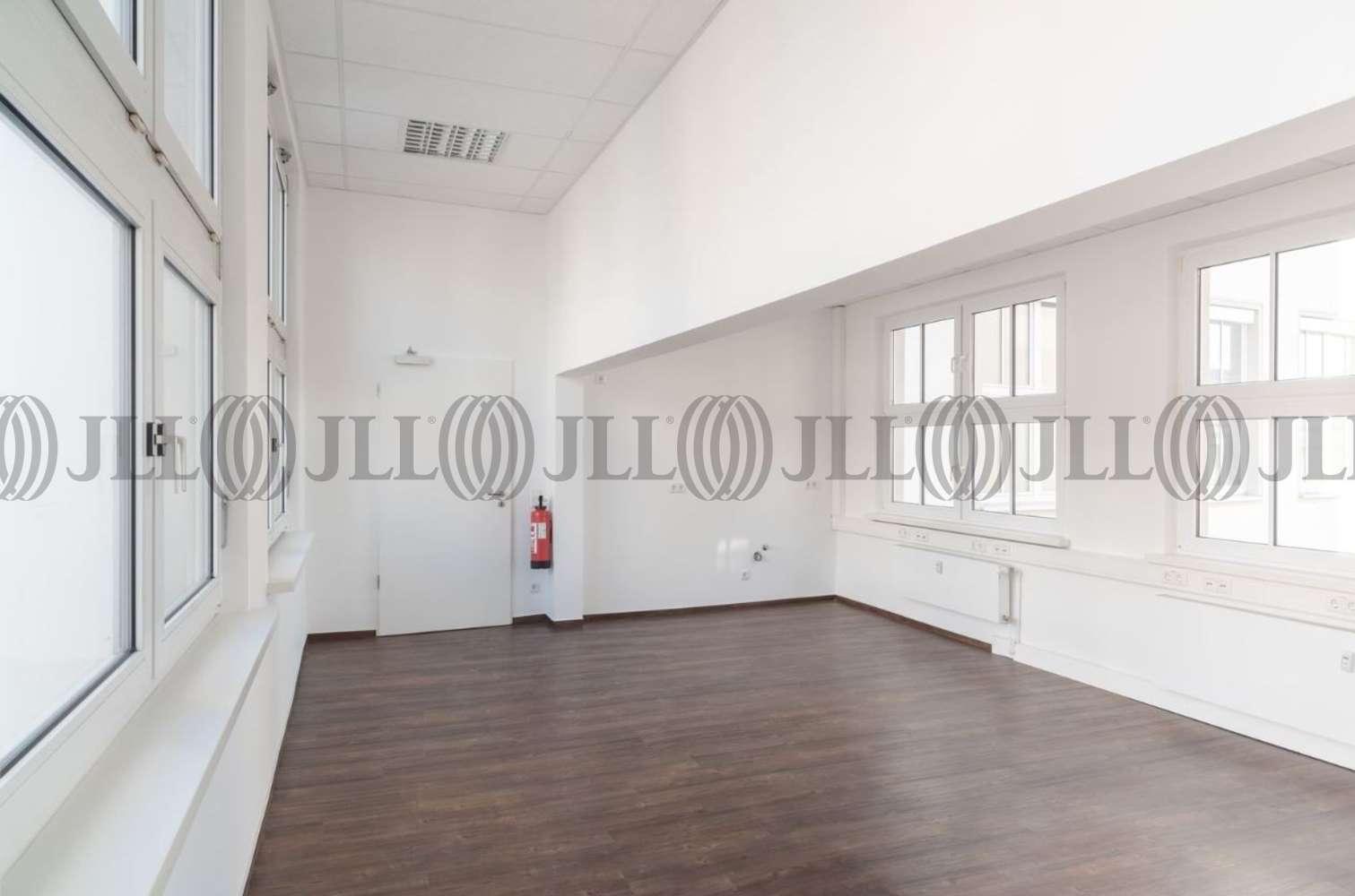 Büros Fürth, 90763