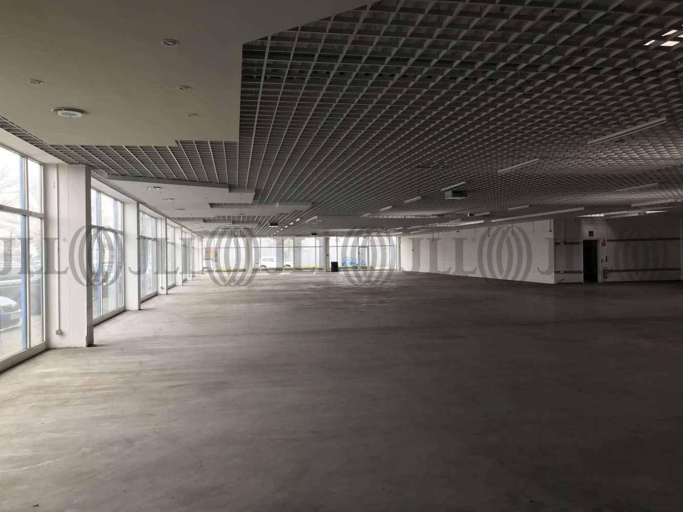 Hallen Leipzig, 04329