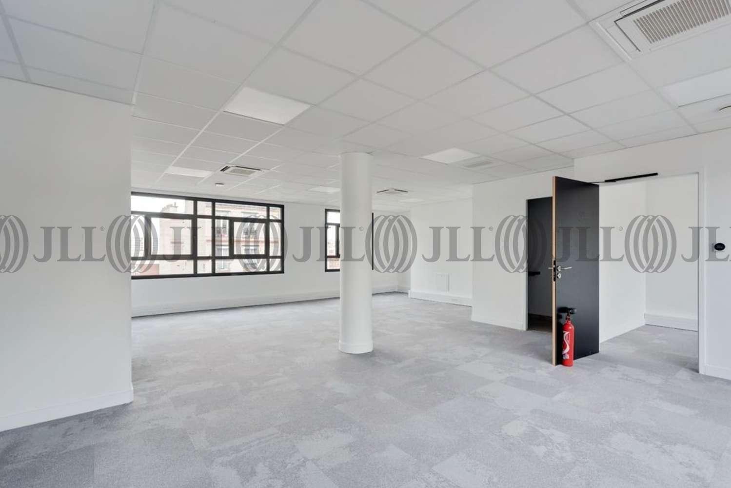 Bureaux Paris, 75018 - 130 RUE DU MONT CENIS