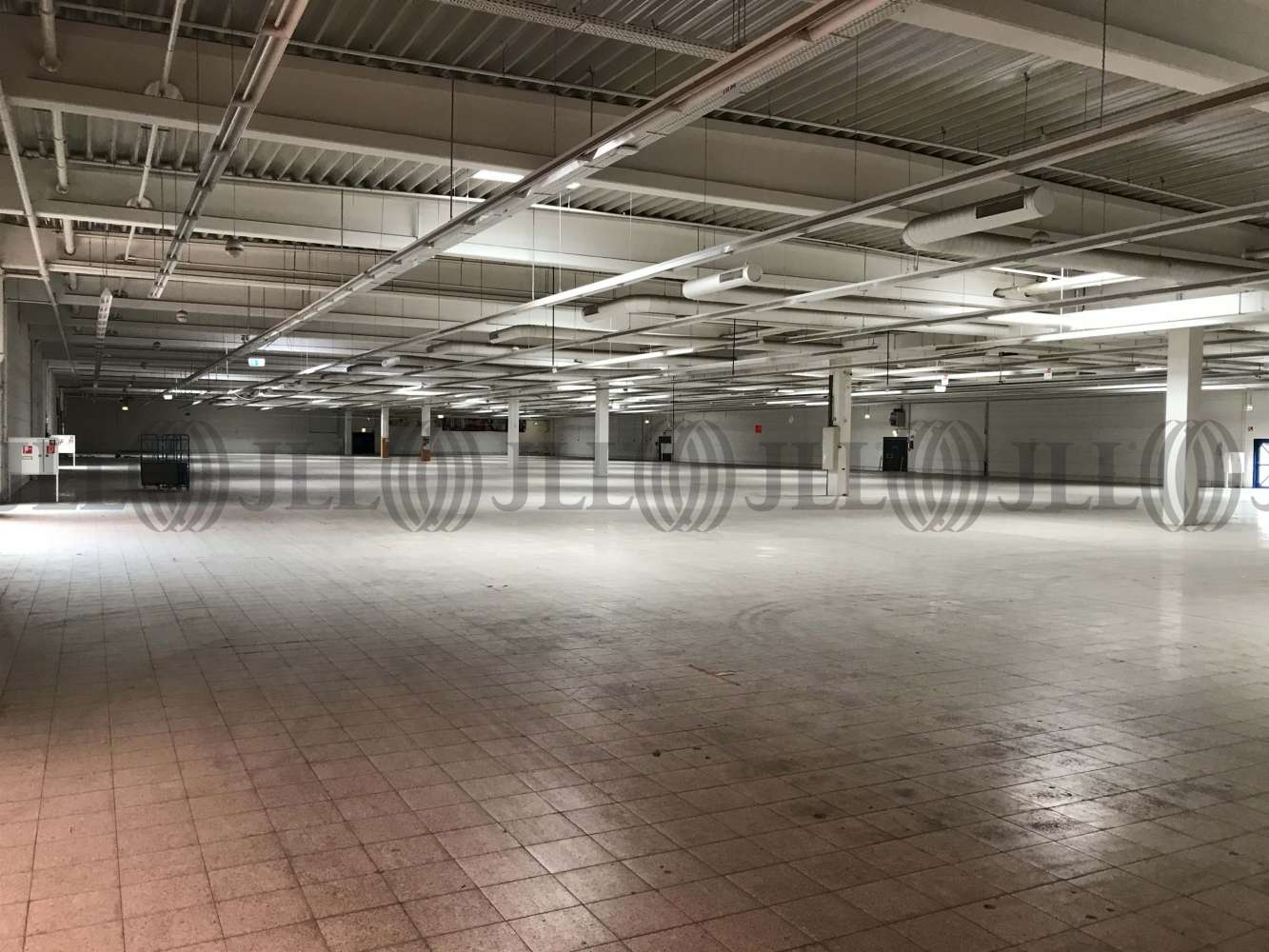 Hallen Magdeburg, 39126