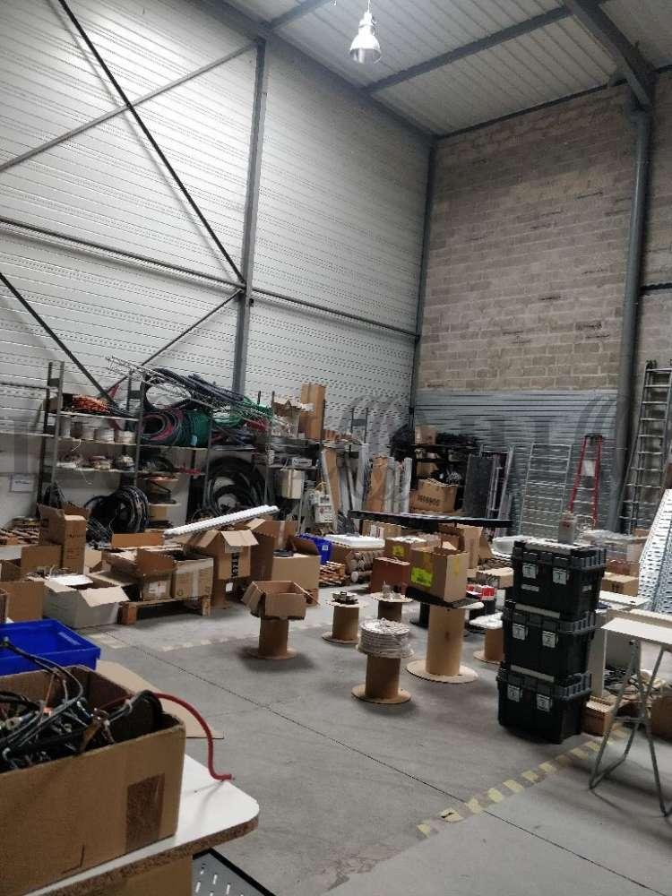 Activités/entrepôt Elancourt, 78990 - M BY 3