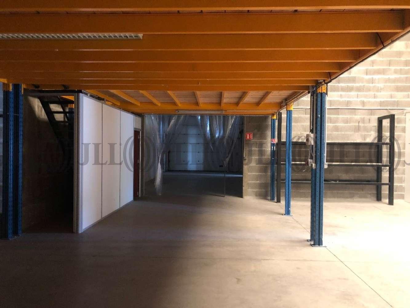 Activités/entrepôt Venissieux, 69200 - LOCATION LOCAUX ET BUREAUX VÉNISSIEUX