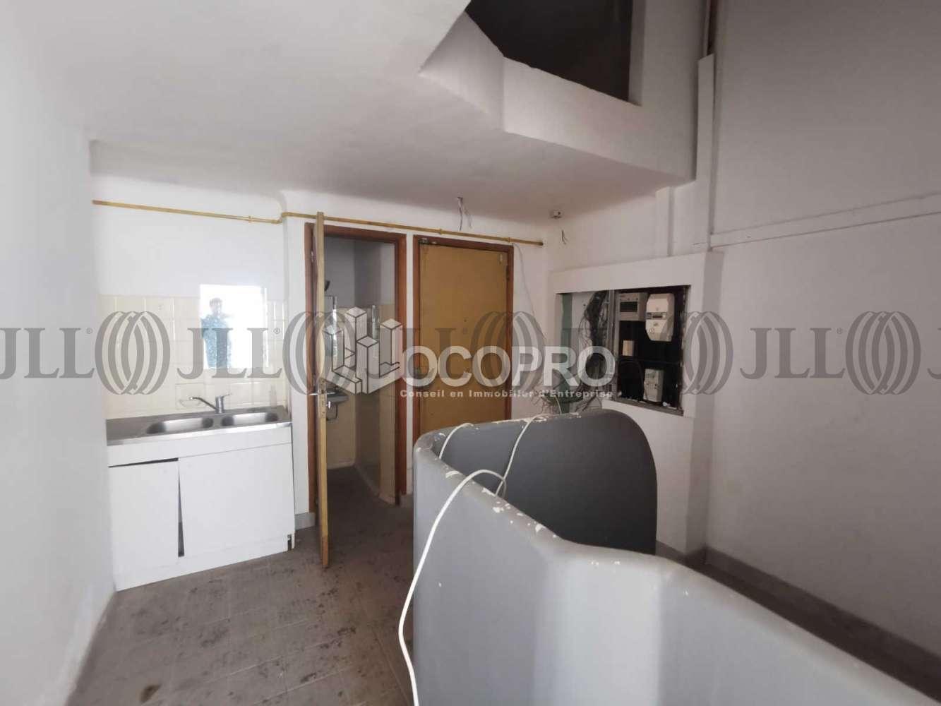 Commerces Cannes, 06400 - 8 PLACE DU COMMANDANT MARIA