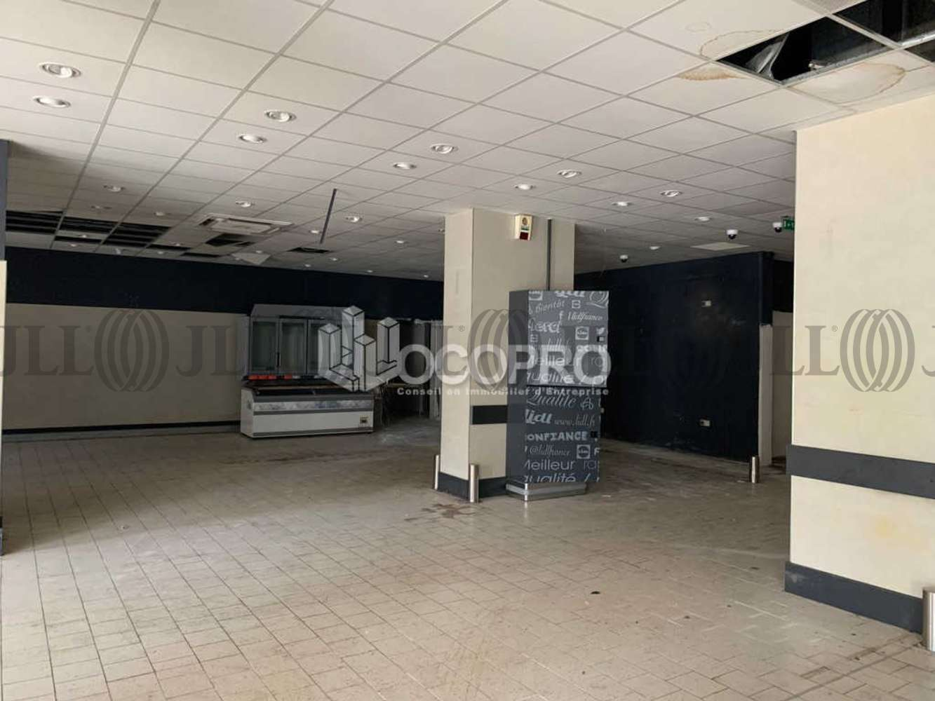 Commerces Vallauris, 06220 - AVENUE DU TAPIS VERT