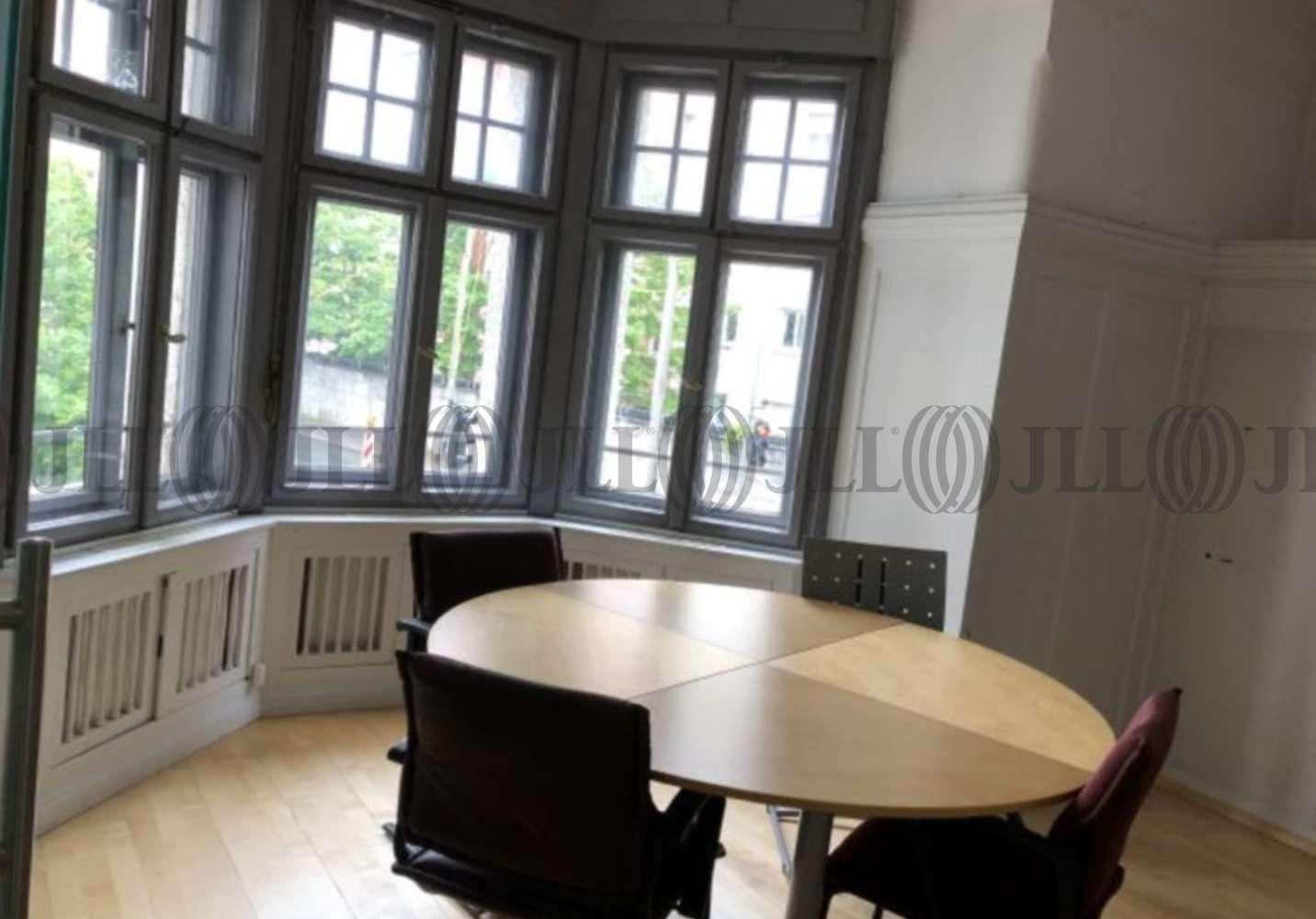 Büros Fürth, 90762