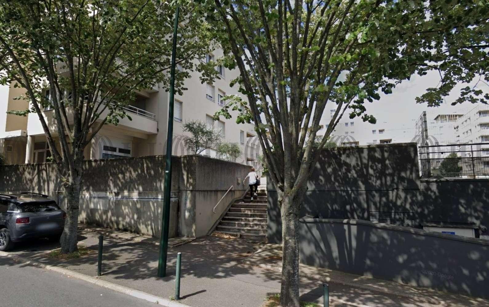 Bureaux Bagneux, 92220 - 11-13 RUE DE LA SARRAZINE