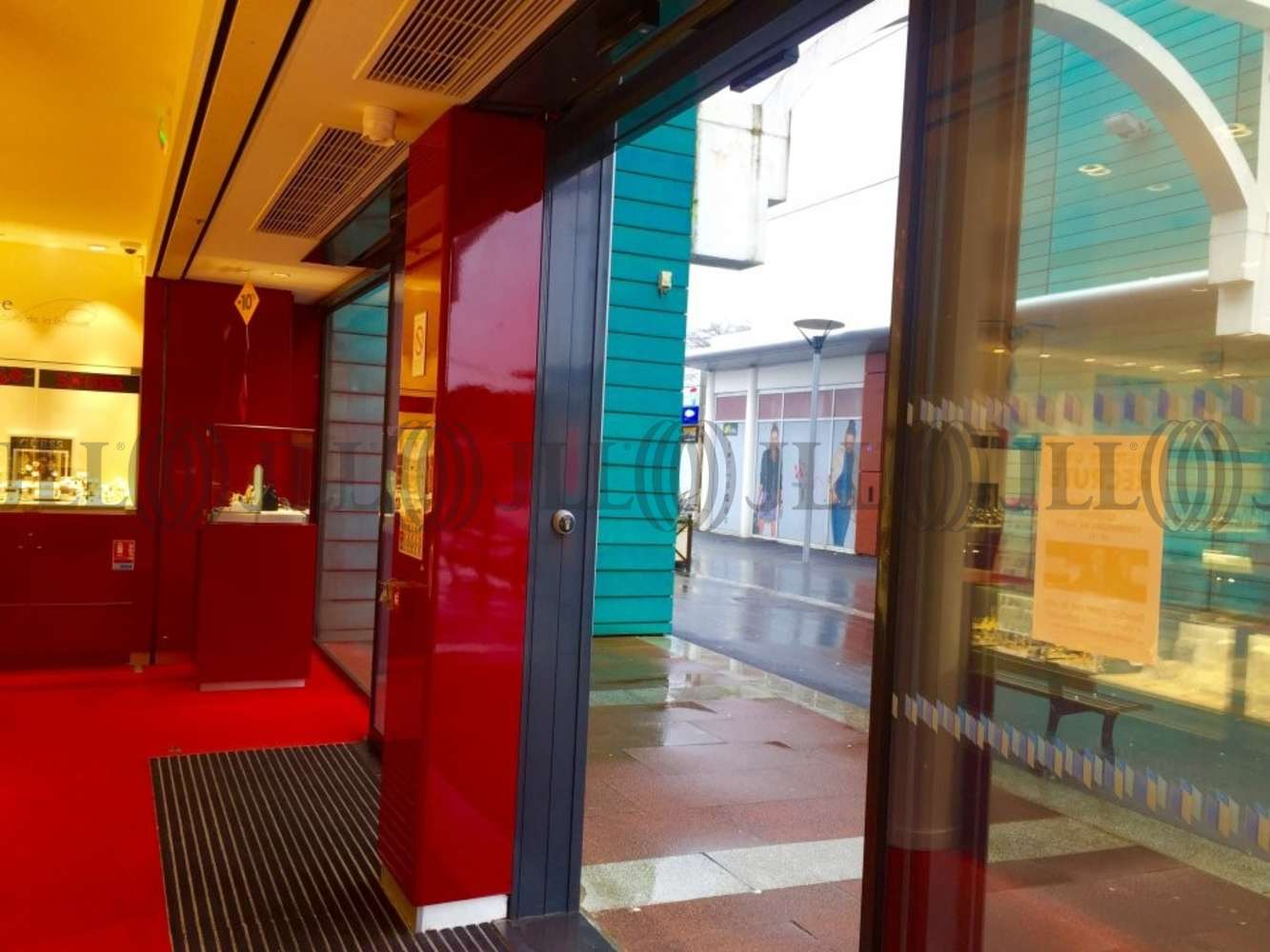 Commerces Anglet, 64600