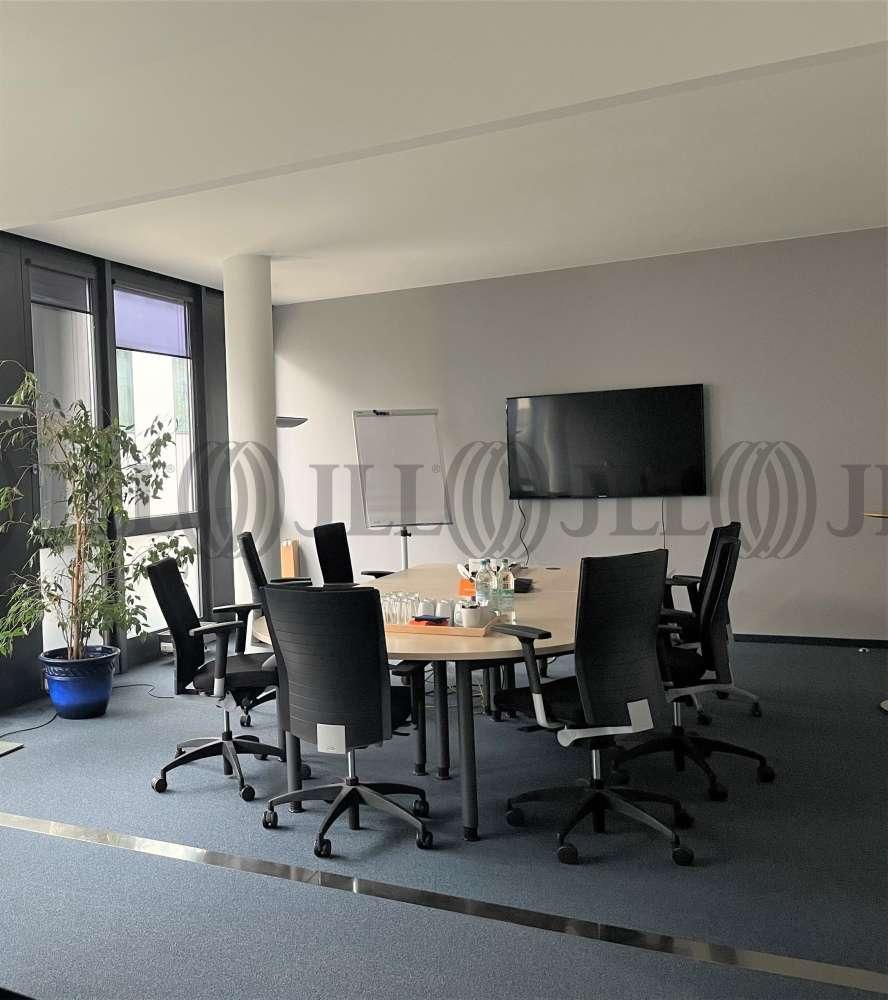 Büros München, 81829