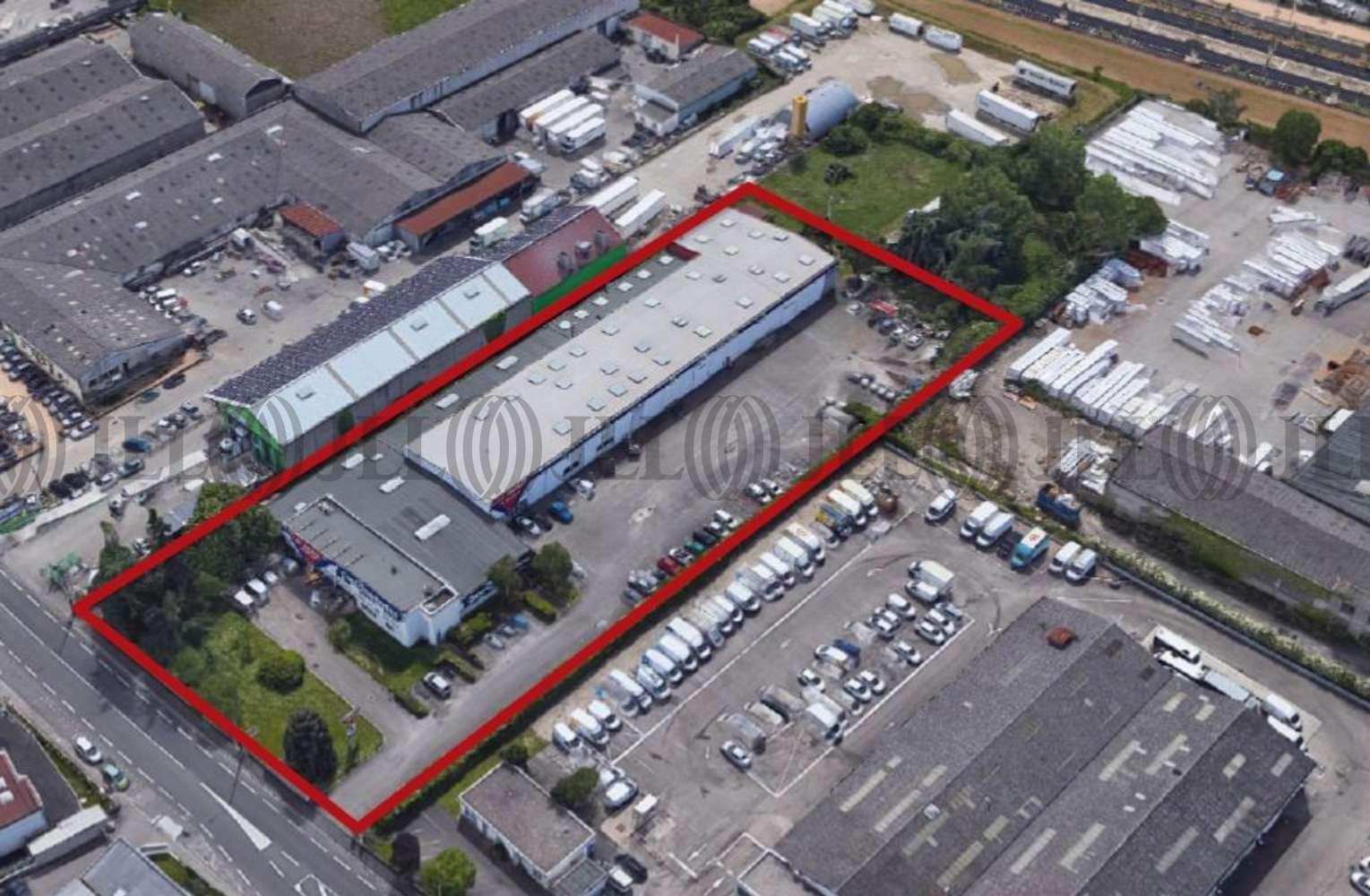 Activités/entrepôt Vaulx en velin, 69120 - Location entrepot Vaulx en Velin, Négoce