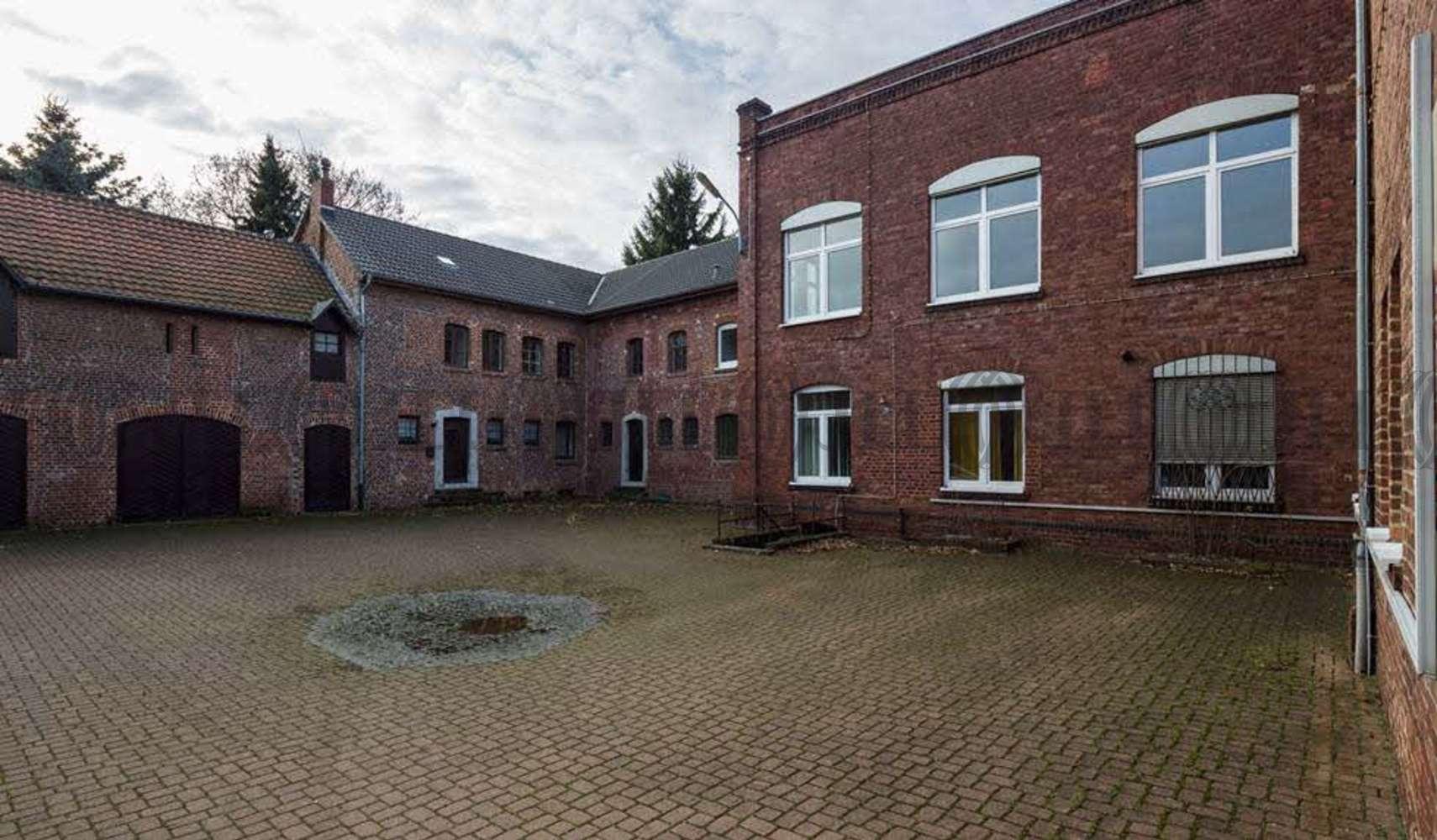 Hallen Eschweiler, 52249