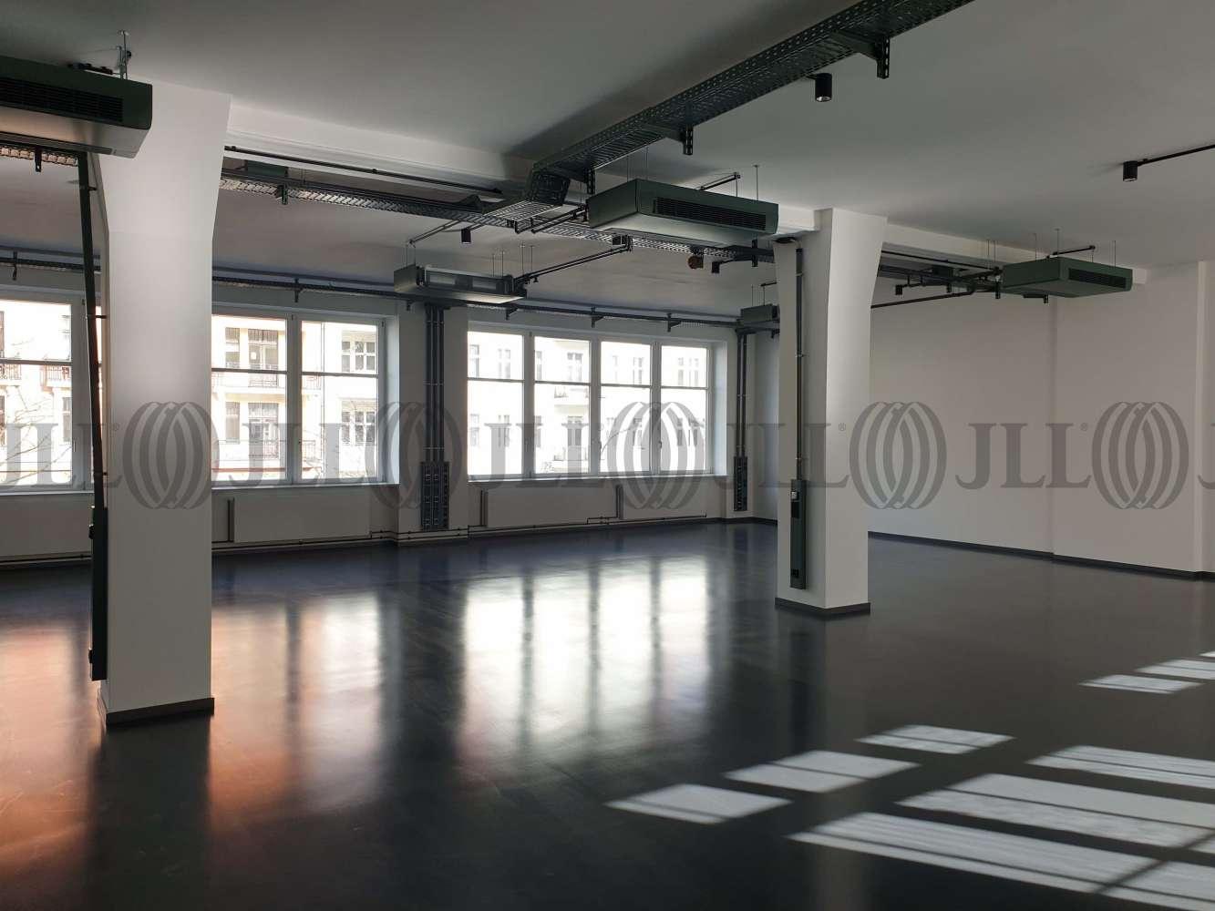Büros Berlin, 10967