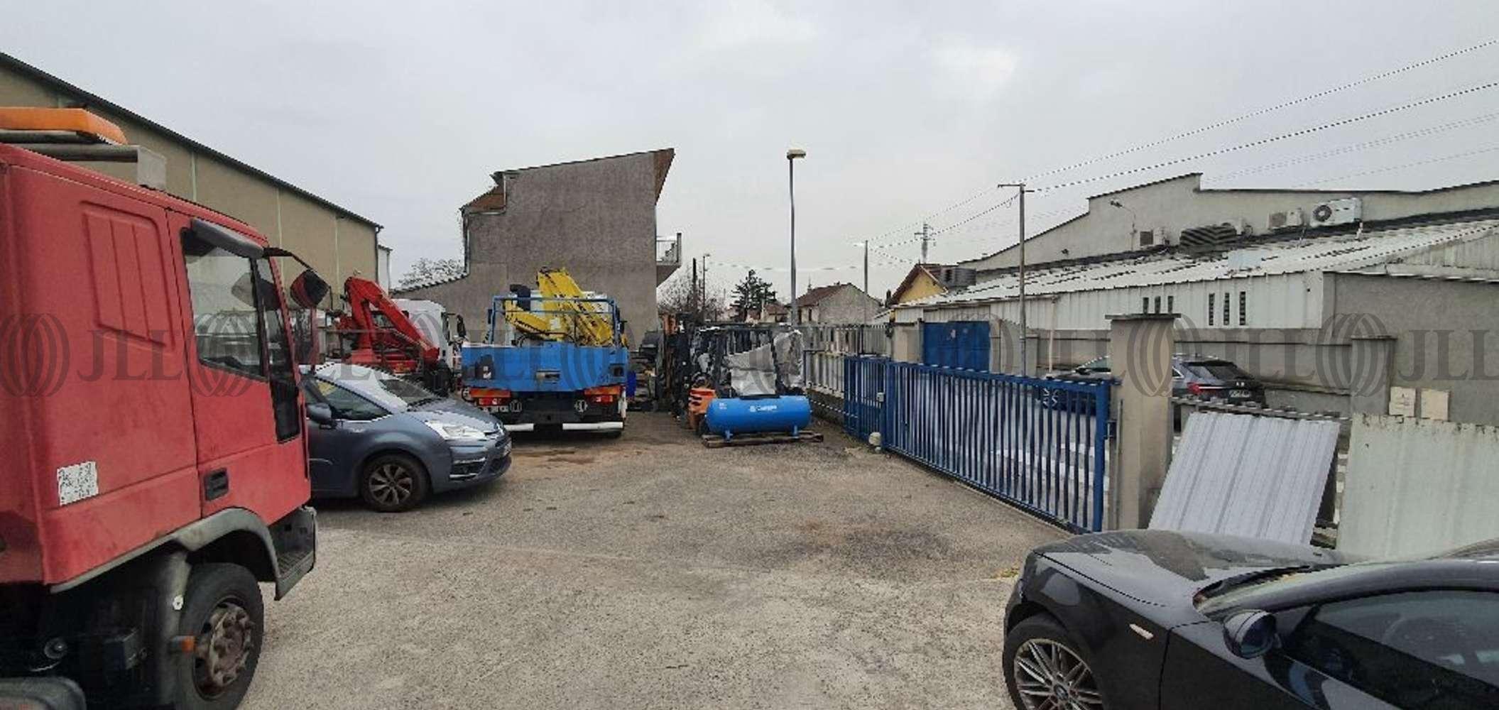 Activités/entrepôt Vaulx en velin, 69120 - VAULX EN VELIN