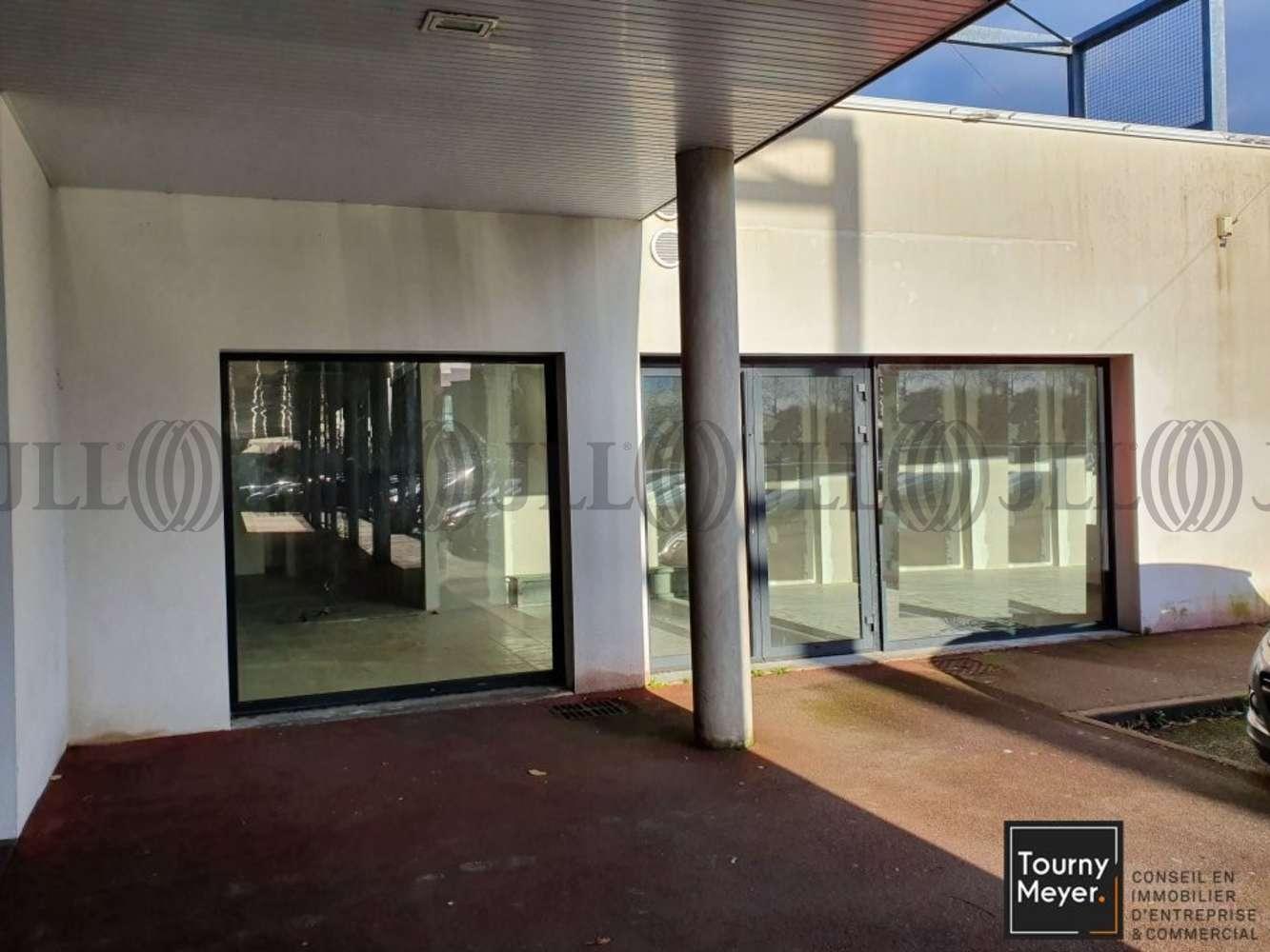Commerces Plescop, 56890
