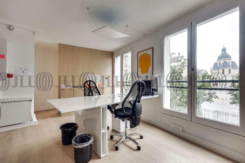 Bureaux Paris, 75004 - 11-13 RUE DE L'AVE MARIA