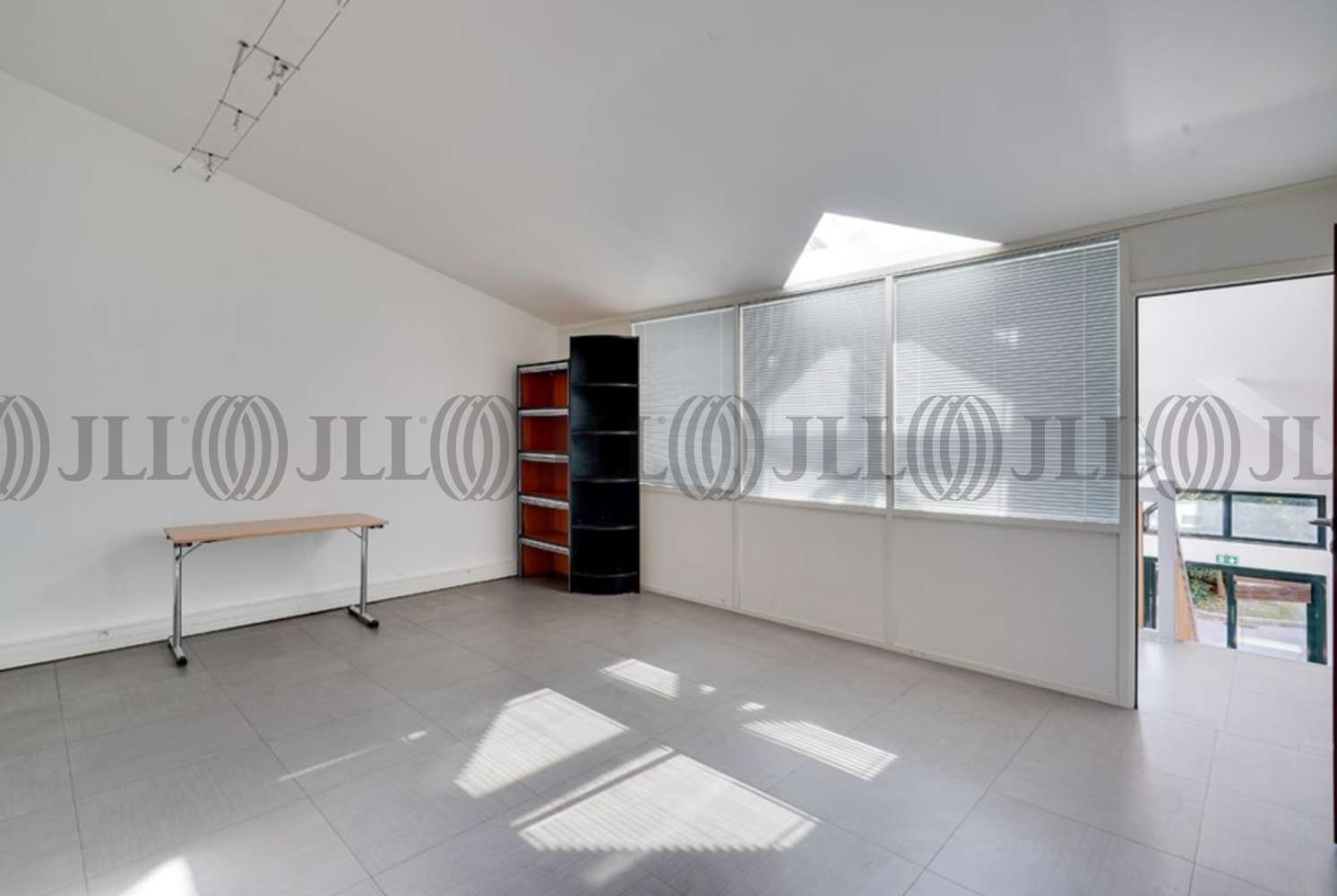 Bureaux Paris, 75015 - 233 RUE DE LA CROIX NIVERT