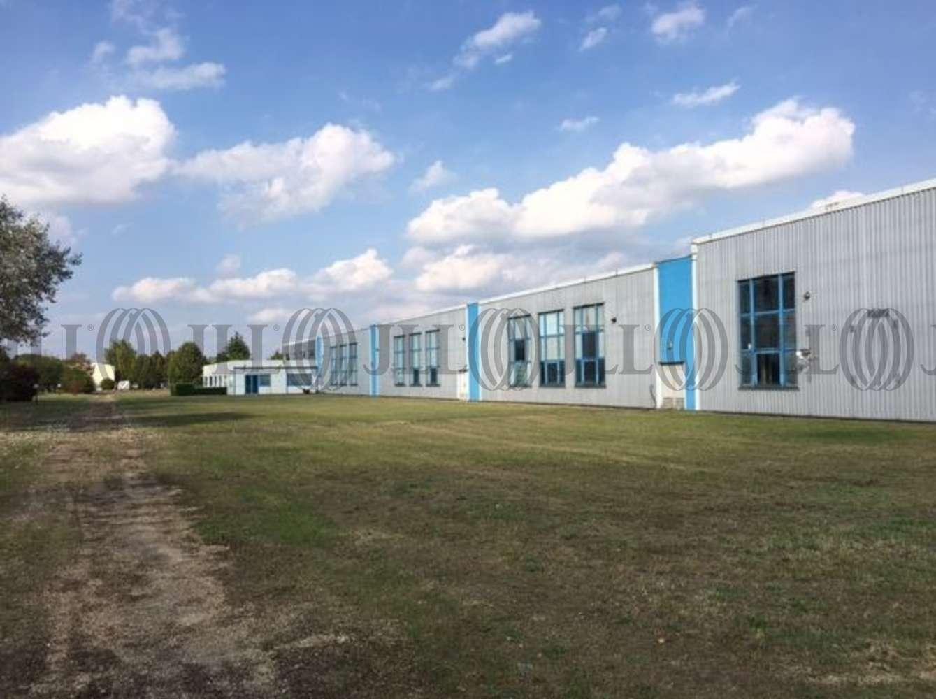 Activités/entrepôt Poissy, 78300 - 33-35 RUE CHARLES EDOUARD JEANNERET - 9462844