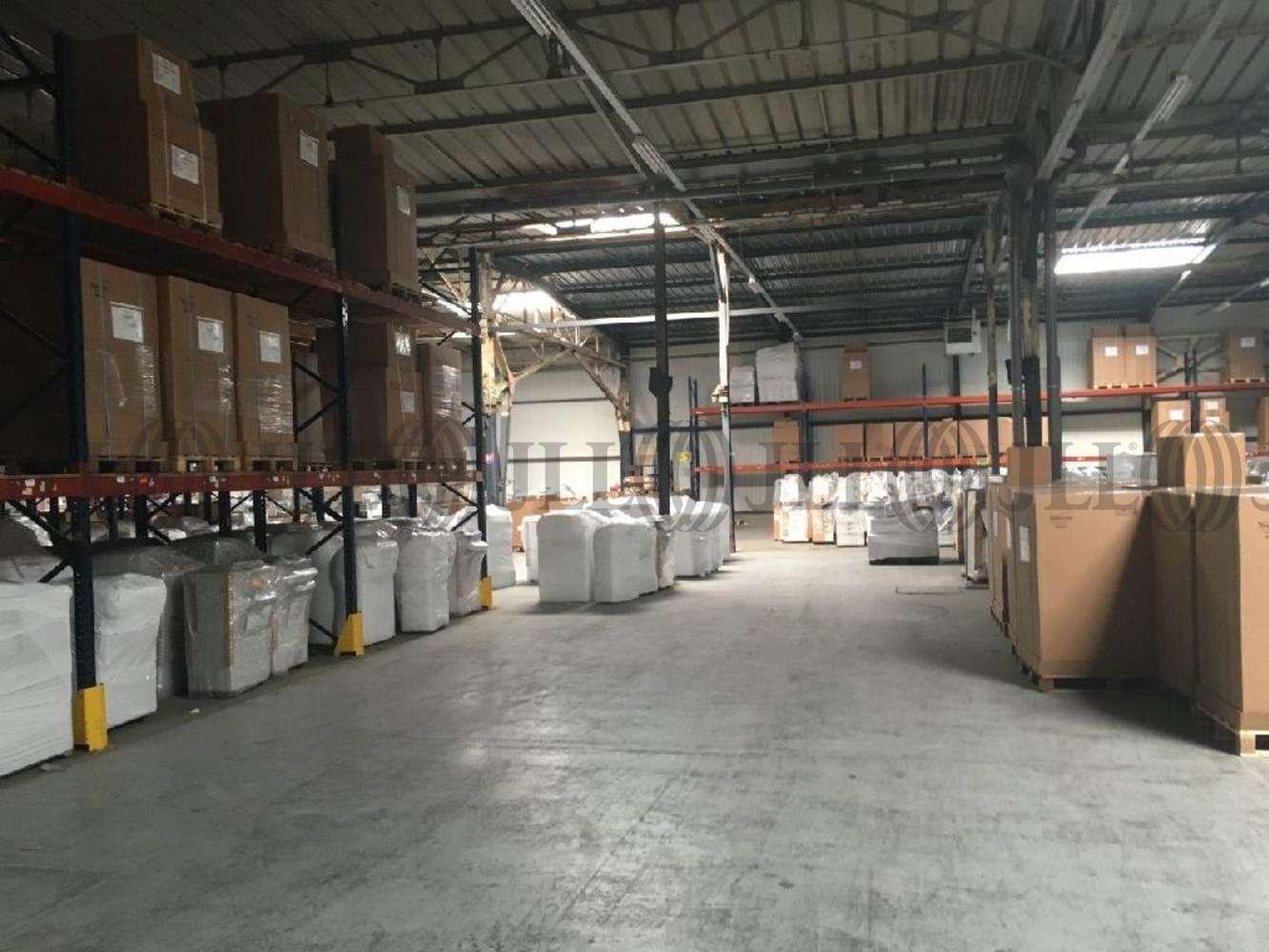 Activités/entrepôt Elancourt, 78990 - 9-11 RUE FRANCOIS ARAGO - 9470433