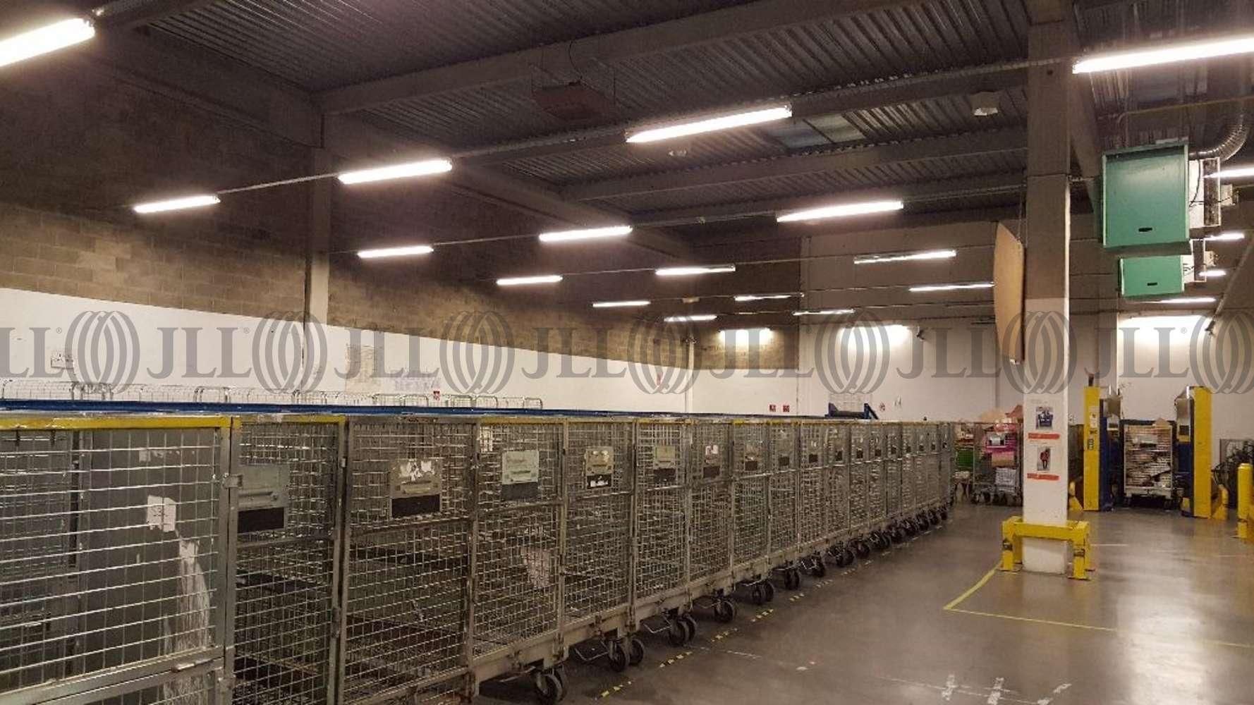 Activités/entrepôt Bagneux, 92220 - 5-7 ALLEE DU PARC DE GARLANDE - 9458442