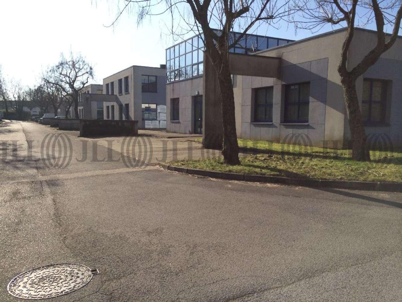 Activités/entrepôt Croissy beaubourg, 77183