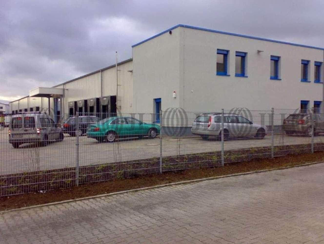 Hallen Groß-umstadt, 64823