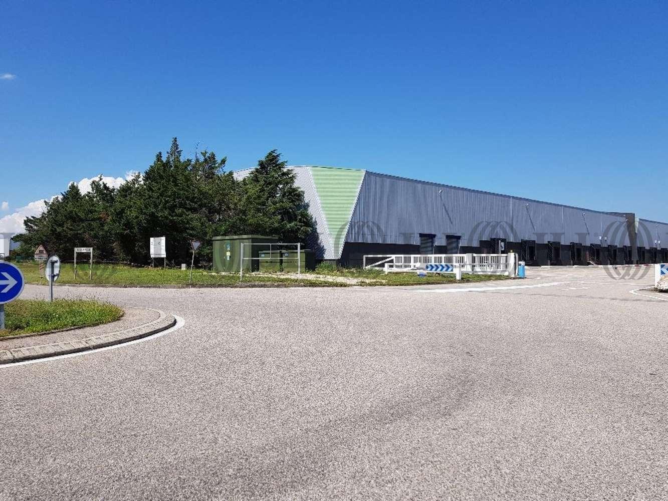 Plateformes logistiques St quentin fallavier, 38070 - Location entrepot Lyon - Nord-Isère - 9616877