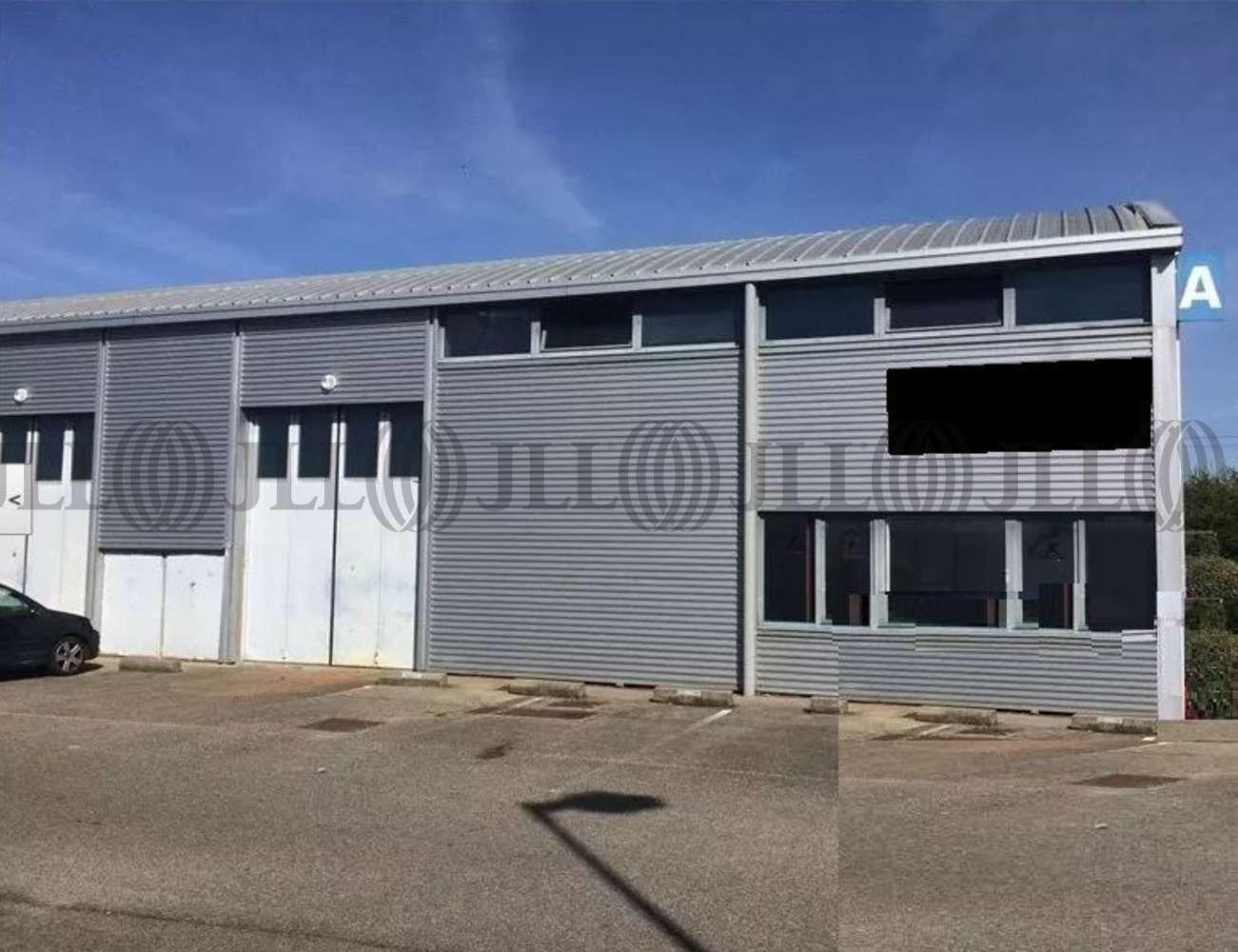 Activités/entrepôt Bron, 69500 - Achat / Location entrepot Bron - Rhône - 9618861