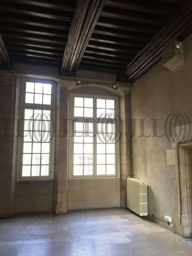 Commerces Dijon, 21000 - COUR BAREUZAI - 9749924