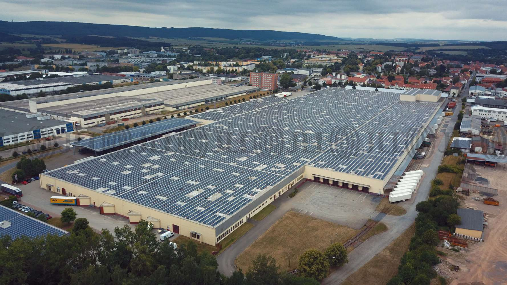 Hallen Leinefelde, 37327 - Halle - Leinefelde - B0257 - 9789547