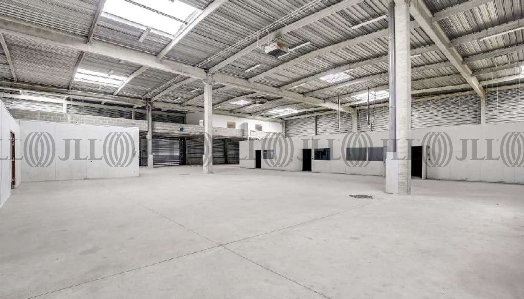 Activités/entrepôt Courcouronnes, 91080 - 12 RUE DU PLESSIS BRIARD - 9838997