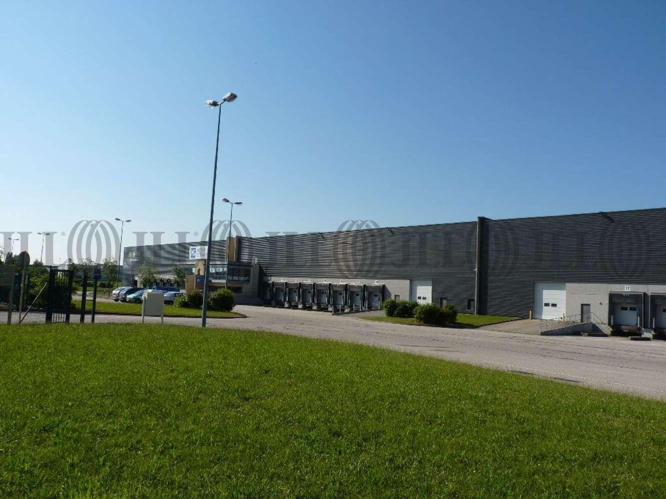 Plateformes logistiques Genas, 69740 - Location entrepot Genas - Lyon Est