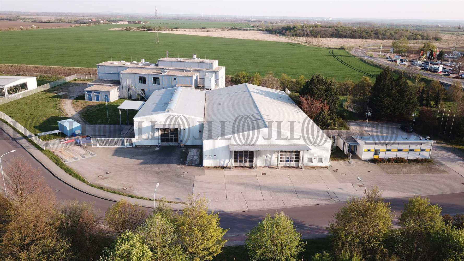 Hallen Bernburg (saale), 06406 - Halle - Bernburg (Saale), Bernburg - B1579 - 10152394