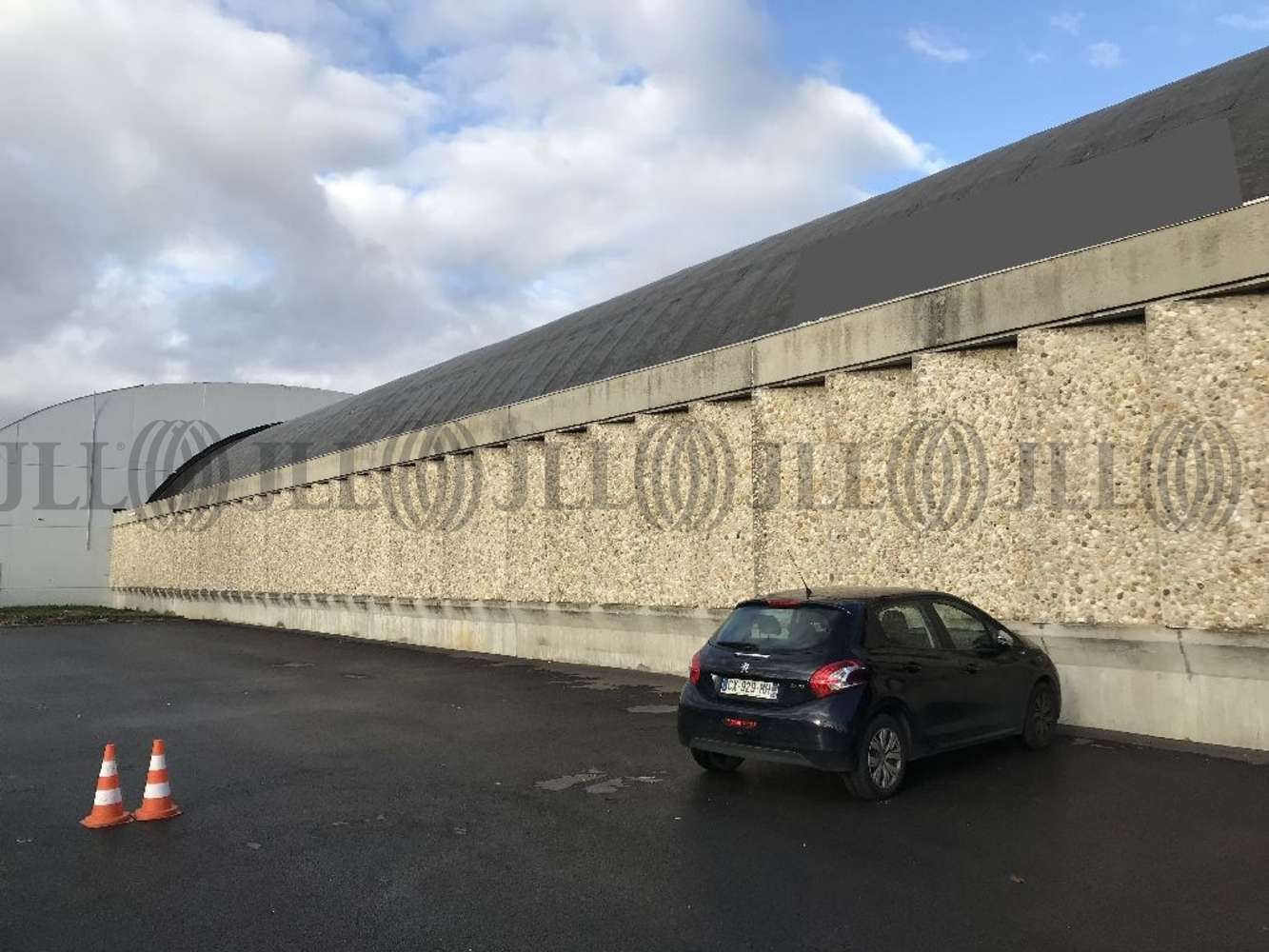 Activités/entrepôt Genay, 69730 - Entrepot à vendre Lyon Nord - Genay - 10312220
