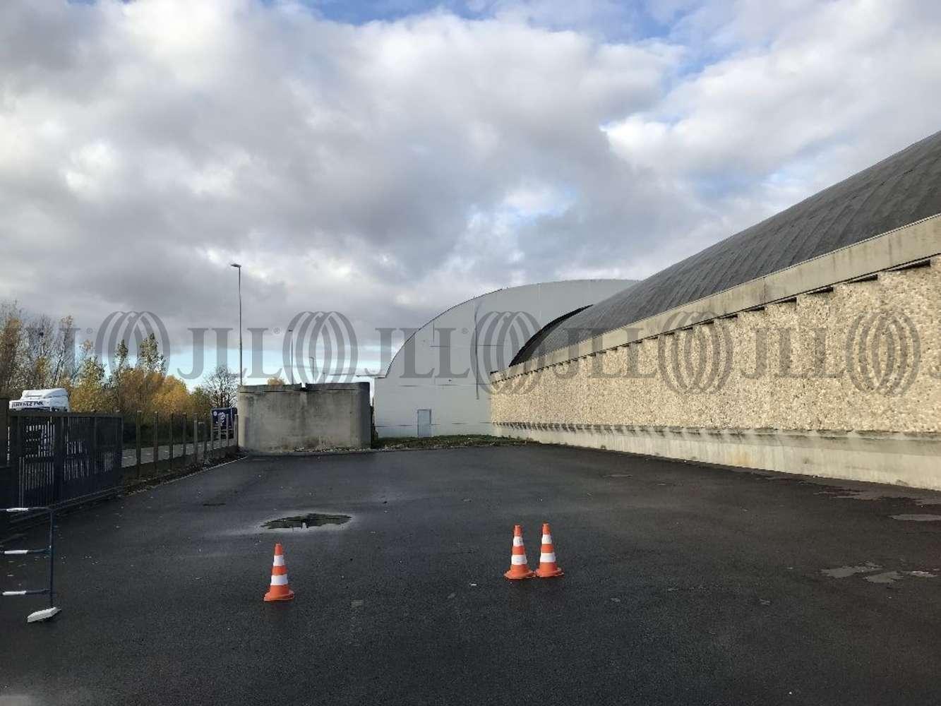 Activités/entrepôt Genay, 69730 - Entrepot à vendre Lyon Nord - Genay - 10312224