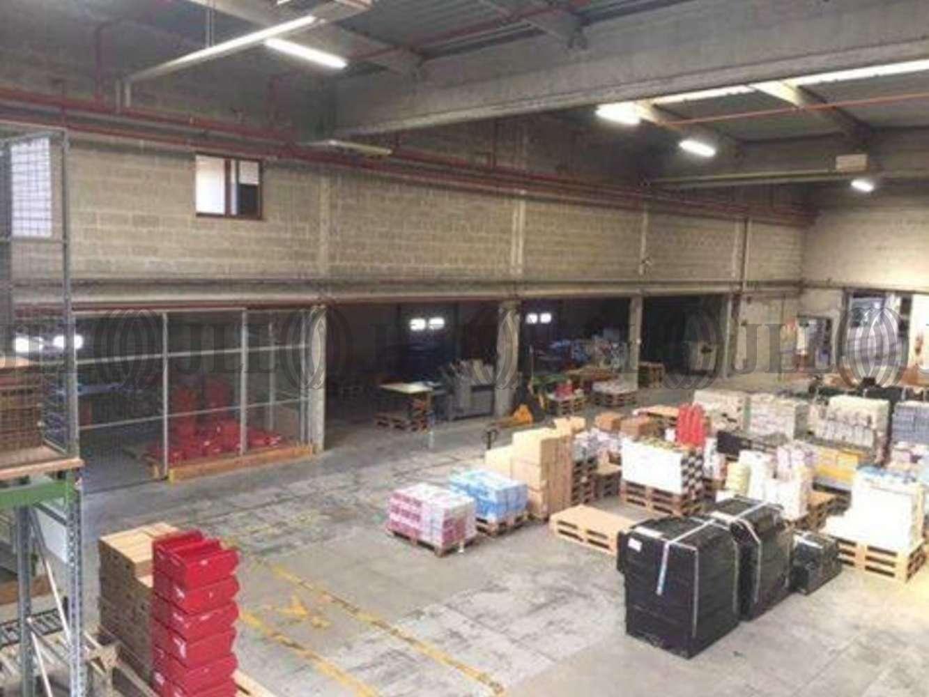 Activités/entrepôt Coignieres, 78310 - 1 ROUTE DU MESNIL SAINT DENIS - 10612223