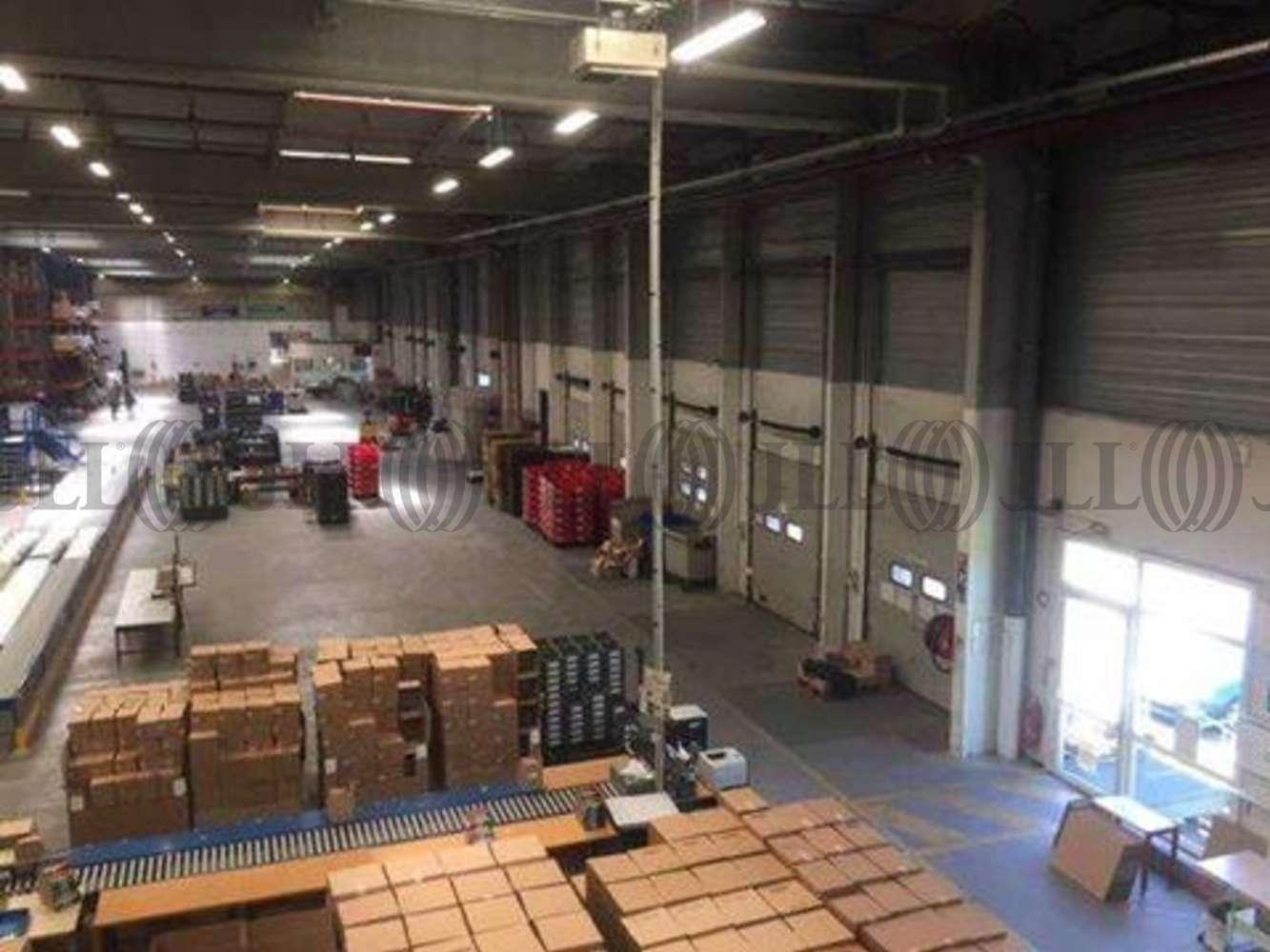 Activités/entrepôt Coignieres, 78310 - 1 ROUTE DU MESNIL SAINT DENIS - 10612224
