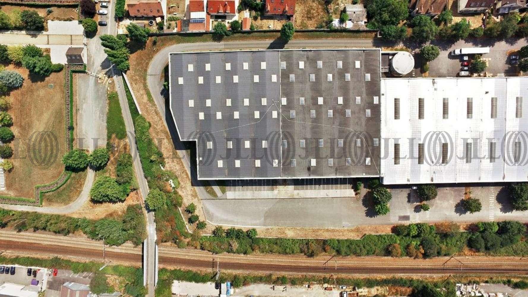 Activités/entrepôt Coignieres, 78310 - 1 ROUTE DU MESNIL SAINT DENIS - 10613628