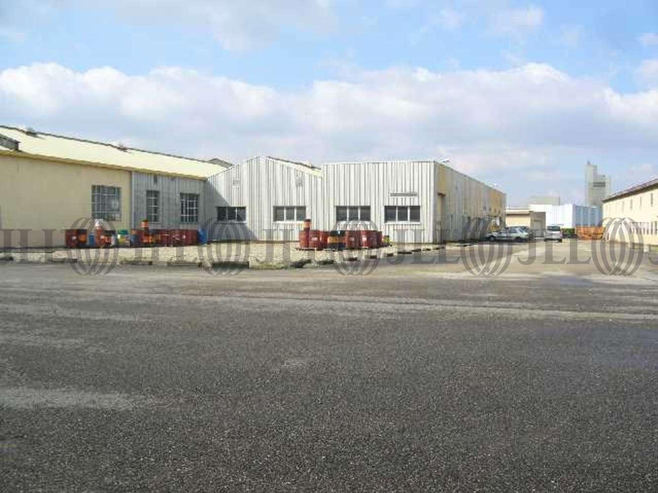 Activités/entrepôt Chassieu, 69680 - BATIMENT D'ACTIVITE - 10629214