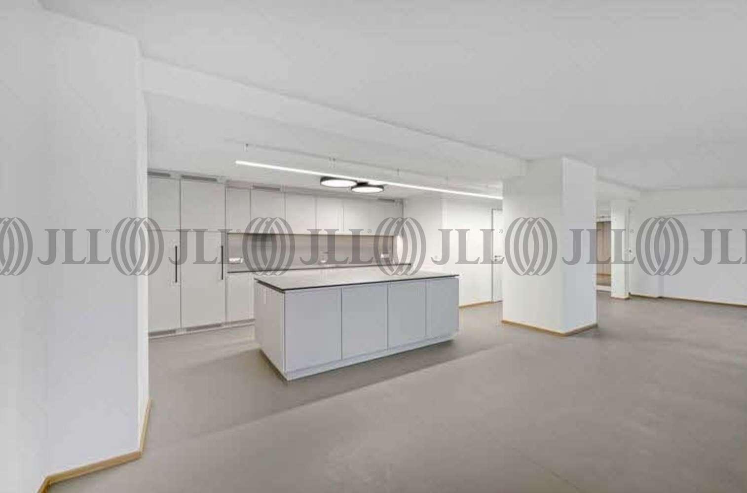 Hallen München, 81829