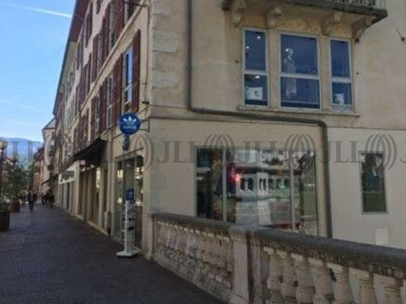 Commerces Annecy, 74000 - LOCAL COMMERCIAL - 10703639