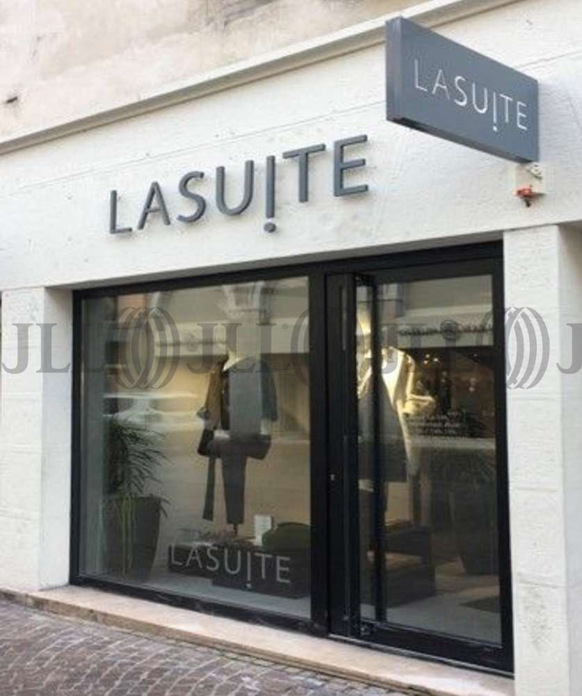 Commerces Annecy, 74000 - LOCAL COMMERCIAL - 10713463