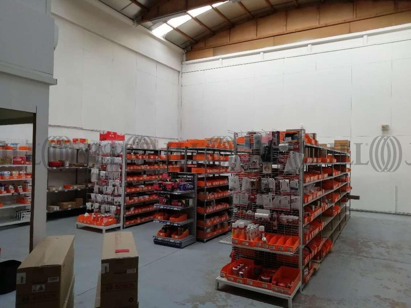 Activités/entrepôt Dardilly, 69570 - Location locaux d'activité Dardilly (69) - 10815325