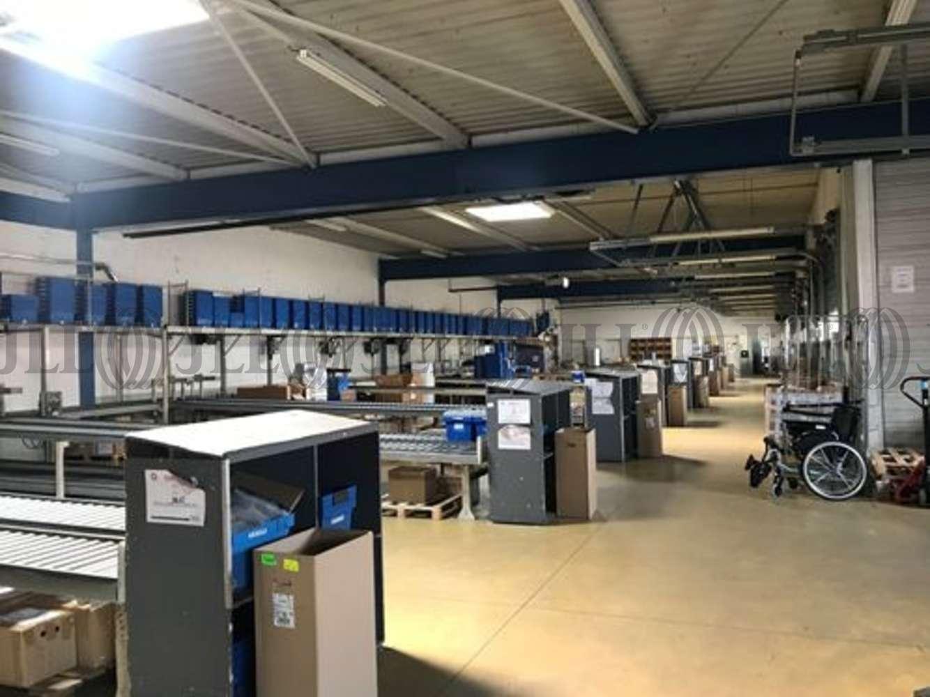 Activités/entrepôt Decines charpieu, 69150 - 11 RUE DE BARCELONE - 10829794