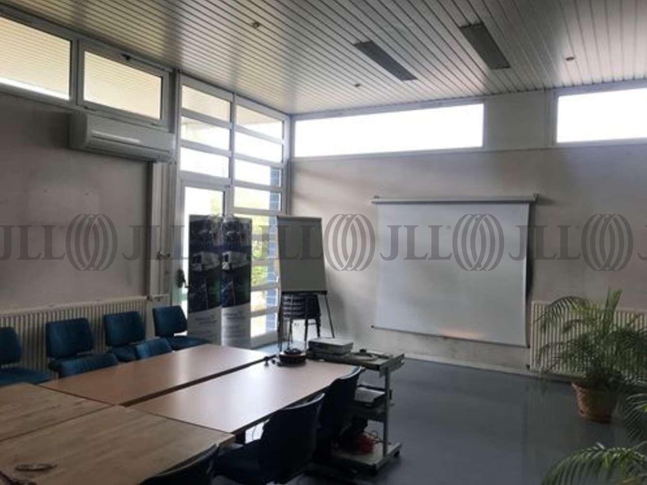 Activités/entrepôt Decines charpieu, 69150 - 11 RUE DE BARCELONE - 10829796